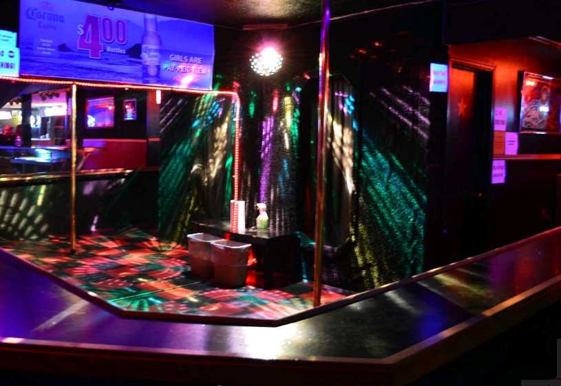 annies-saloon-bar