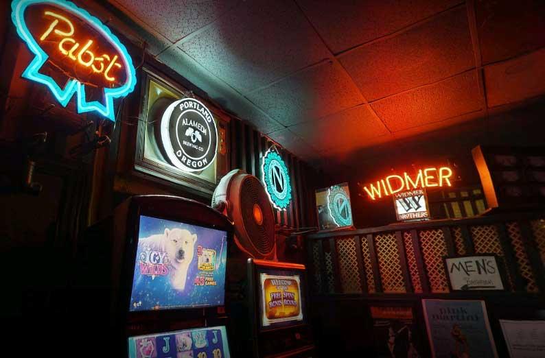 marys-club-beer-games
