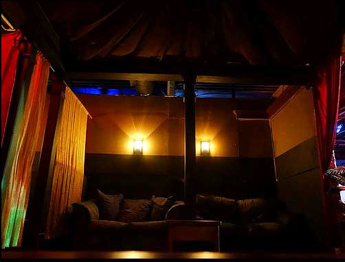 the-gold-club-large-private-room