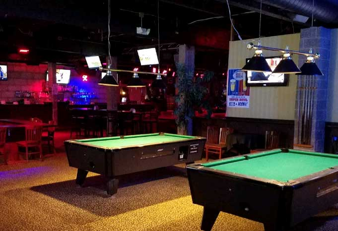 the-gold-club-pool-tables